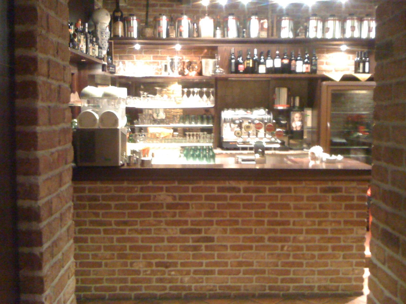 Pizzeria bella napoli conti arredamenti arredamenti for Arredamenti per interni