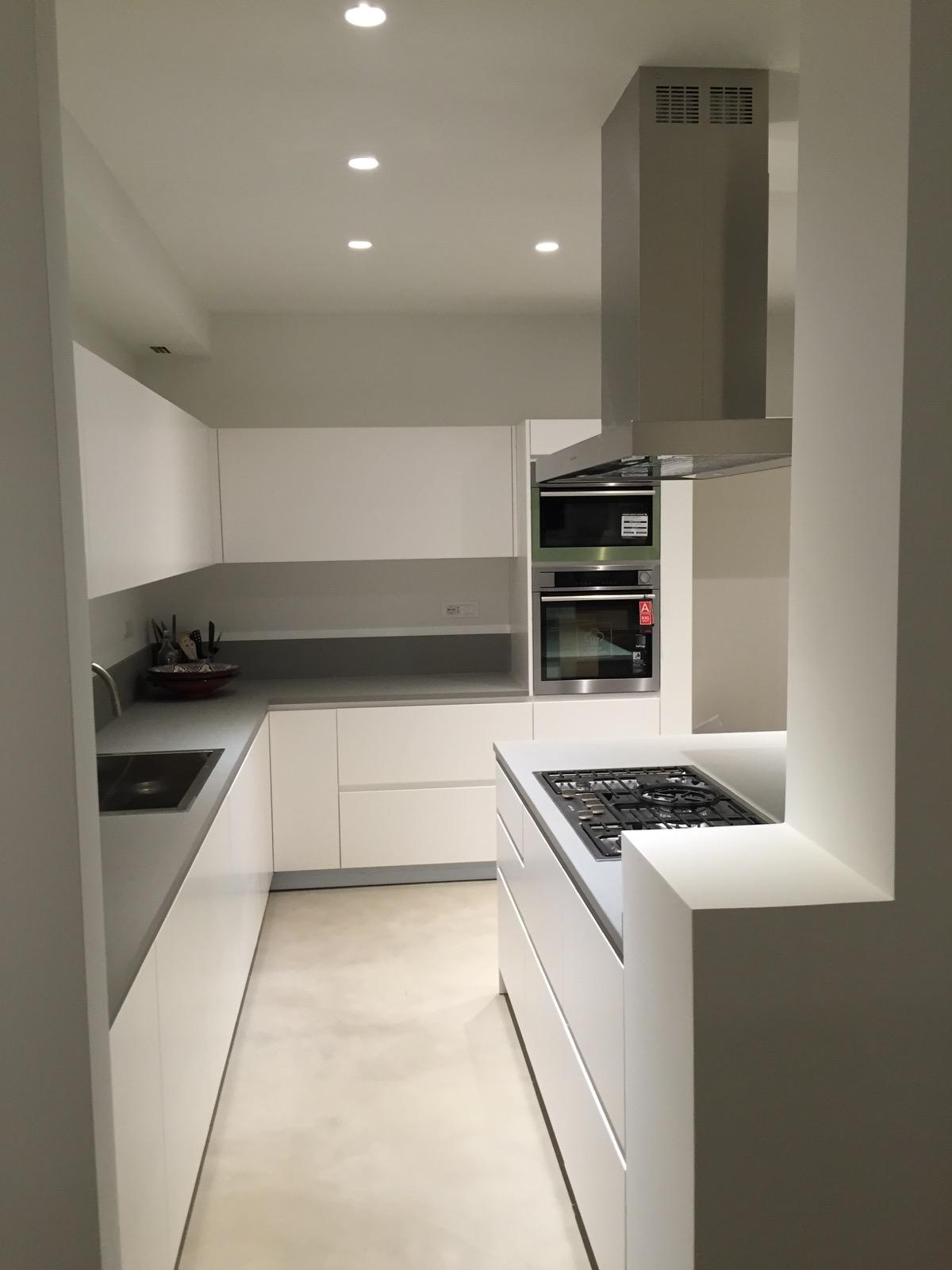 Appartamento via marconi conti arredamenti arredamenti for Arredamenti per interni